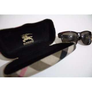 Authentic Women's Burberry Sunglasses with Case
