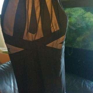 LAURA DRESS size medium