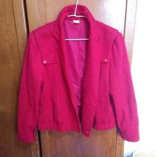 深紅厚挺外套