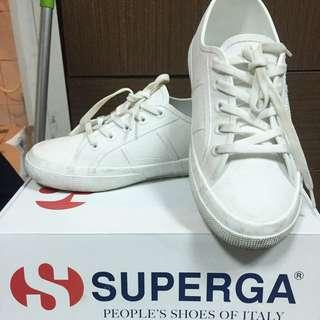 Superga防水白鞋