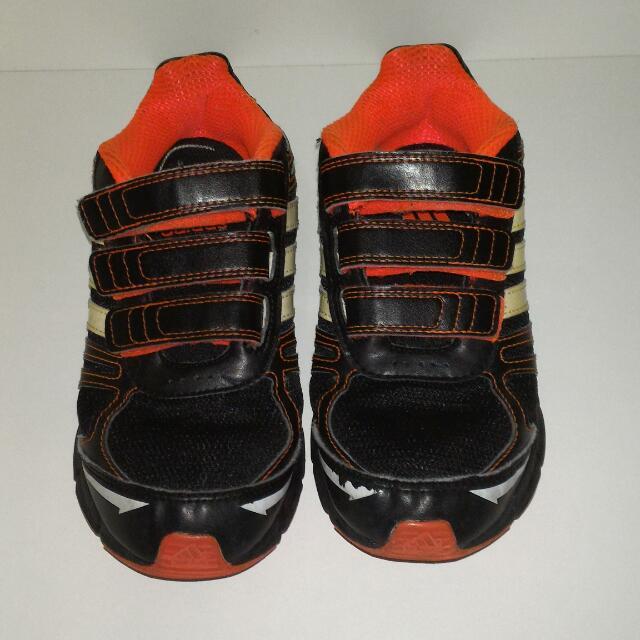 Adidas 男童鞋 20cm Us1.5
