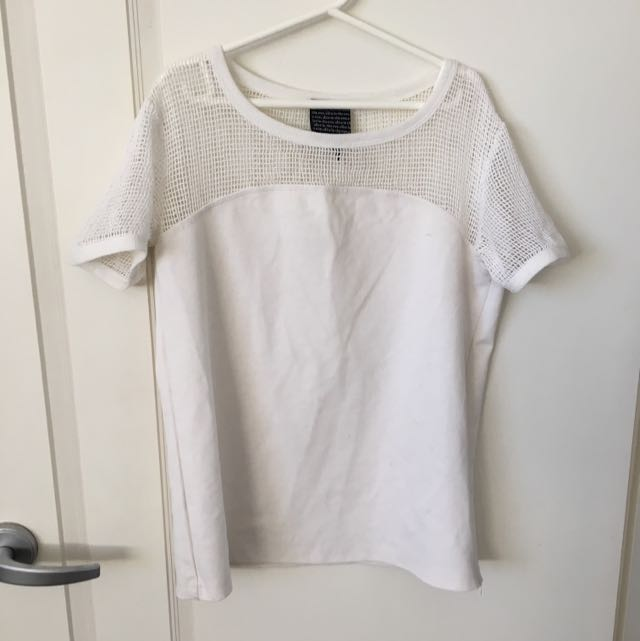 ALICE IN THE EVE white Tee Size 10
