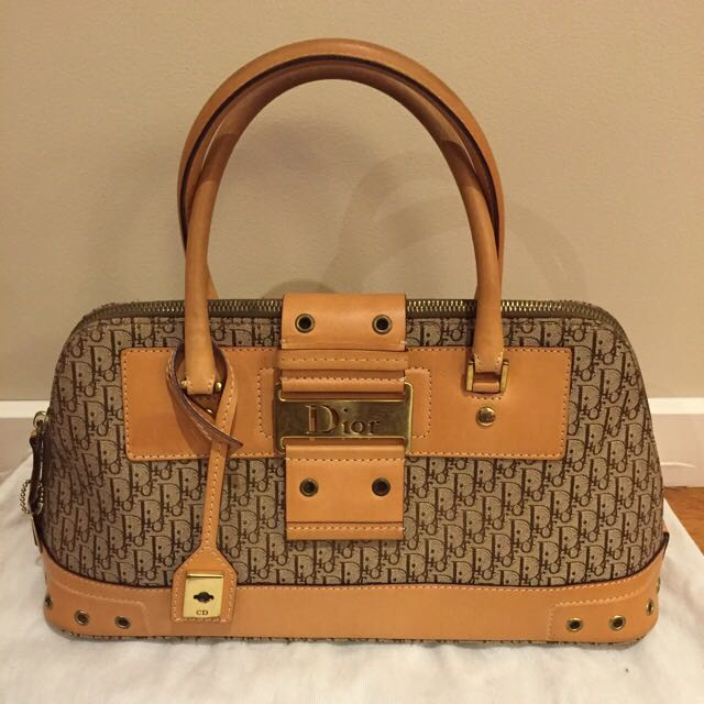 *AUTHENTIC* Christian Dior Handbag