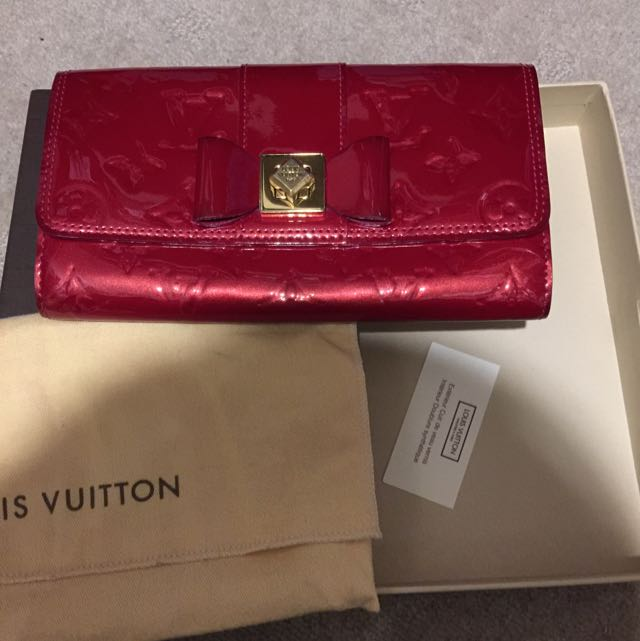 *AUTHENTIC* Louis Vuitton Sarah wallet LIMITED EDITION