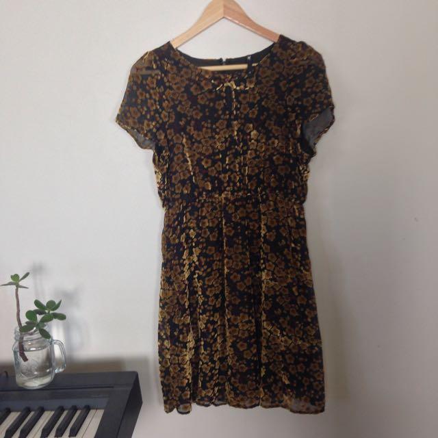 Dangerfield Size 12 Velvet Dress