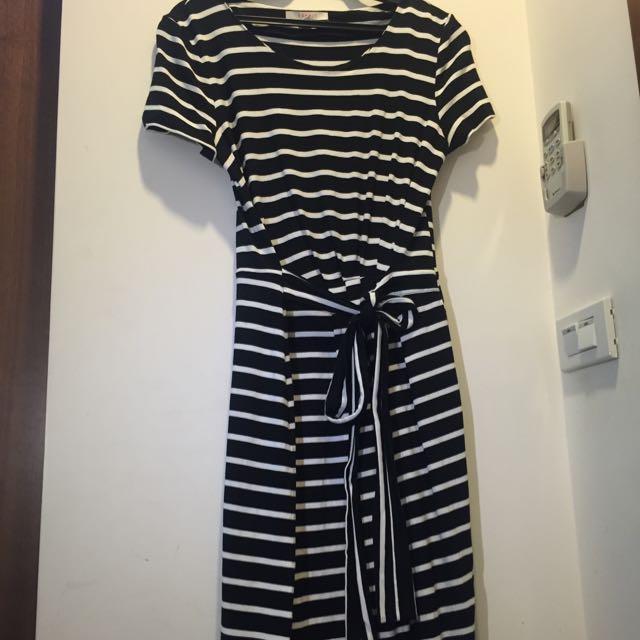 Espirt 條紋洋裝