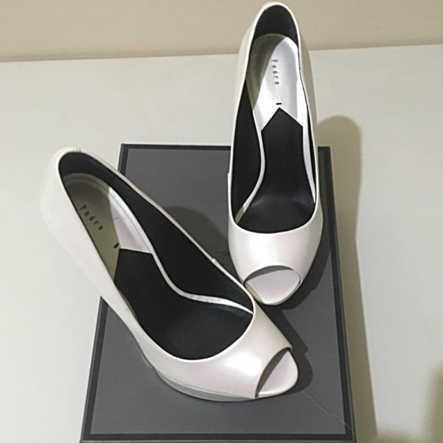 NEW: High Heels/Pump Pedro White Shoes (Reduced Price)