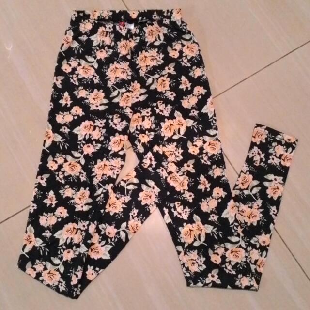 H&M Flowery Legging