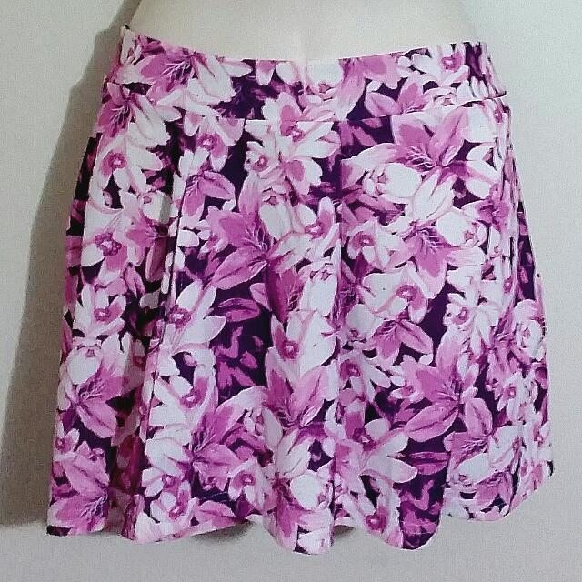 Into PINK Floral Shorts