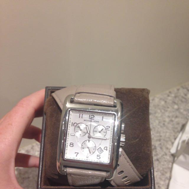 Michael Kors Ladies Double-wrap Vachetta Chronograph Watch Mk2225