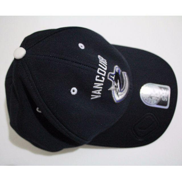 Navy Blue Vancouver Canucks Cap - Never worn