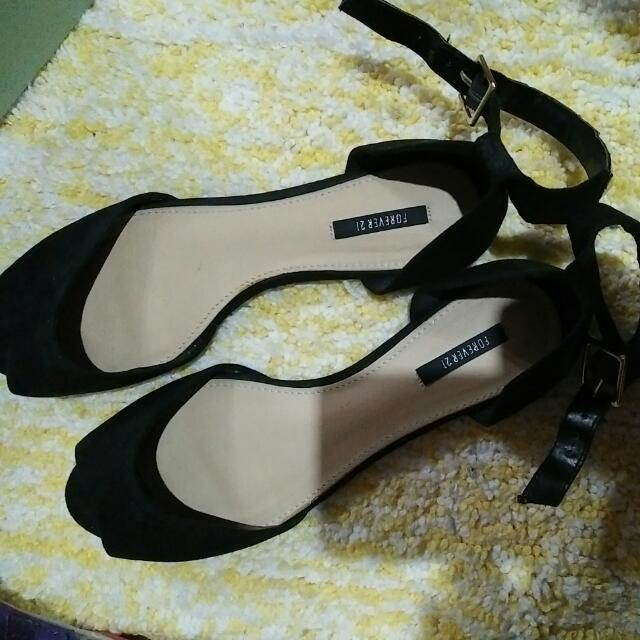 pre loved forever 21 shoes