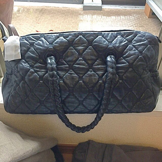 b18e4c3b5b45 Price Reduced!!! 100% Authentic Navy Chanel Bag For Sales. Bought In ...