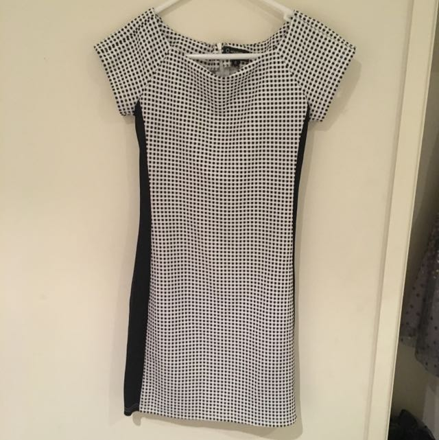 Right Dress - Size 8