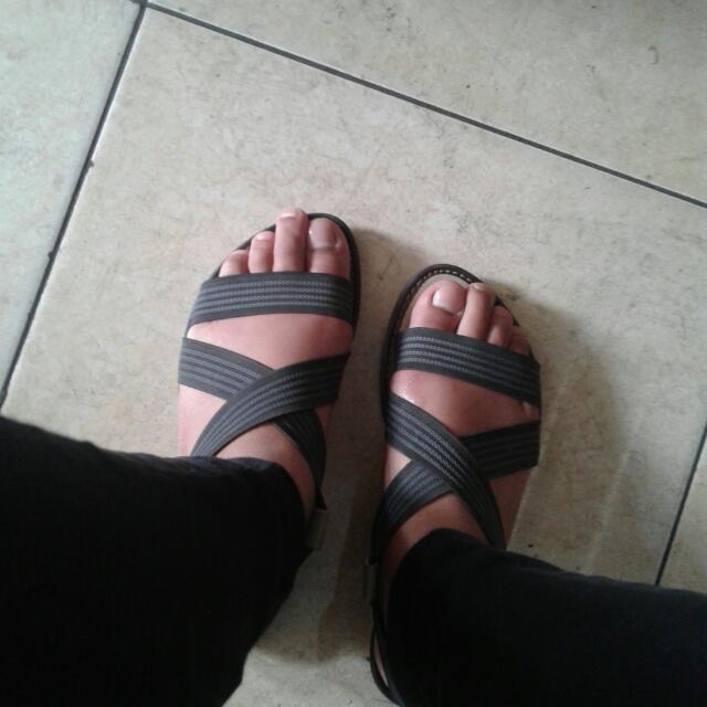 Sepatu Semi Gladiator
