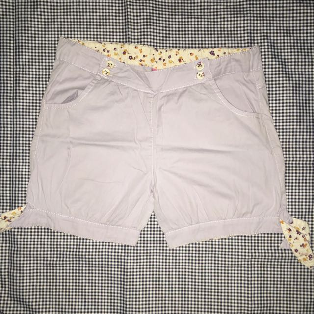 Short Pants From Olive Oil