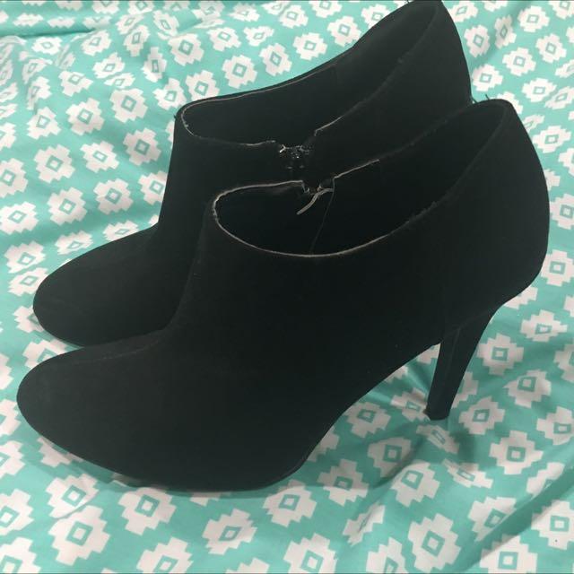 Size 9 Boot Heels