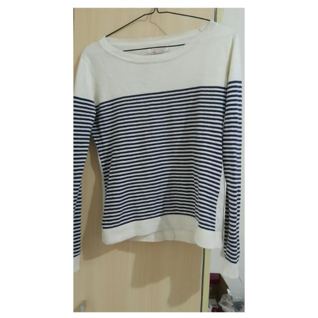 Sweater Bahan Semi Rajut