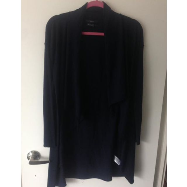 Tahari navy blue sweater Marino wool size small $20