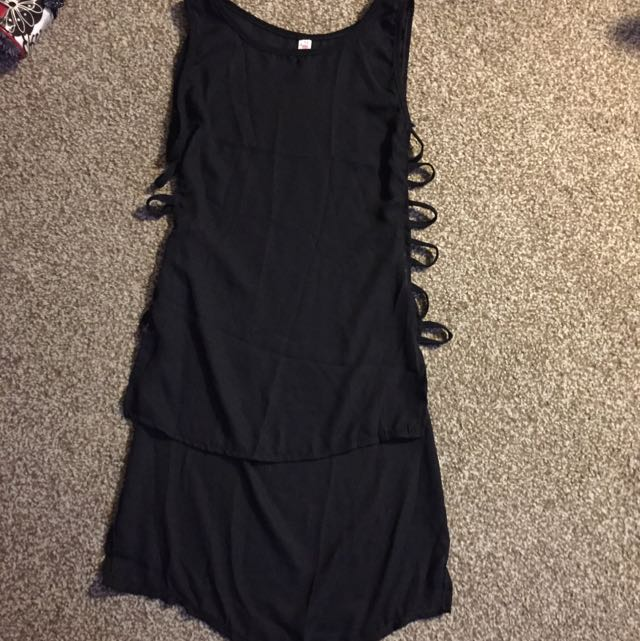 Women's Black Top