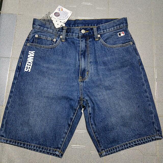 賣全新yankees牛仔短褲 M碼 30-32腰左右