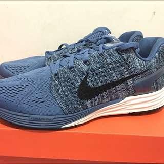 27.5cm-Nike Lunar glide0.7 內有 各式鞋子 球衣 牛仔褲外套