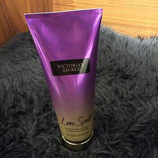 Victoria's Secret fragranced lotion 'LOVE SPELL'