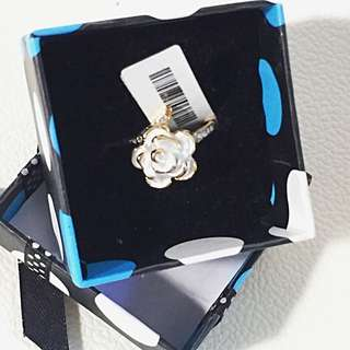 Brand New Rose Ring