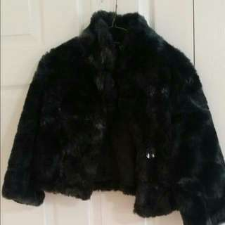 (Price Dropped)Crop Fur jacket