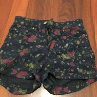 LEE High Waisted Hot Pant Denim Min Condition Size 6