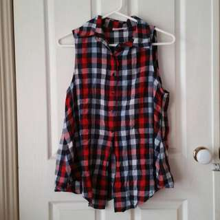 Checkered Sleeveless Tie Top, M