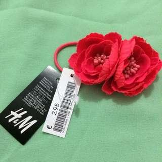 H&M Shocking Pink Flower Hair Tie