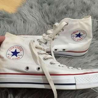 White High Top Converse (Chuck taylors)