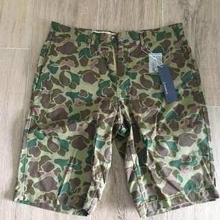 全新日本RAGEBLUE迷彩短褲
