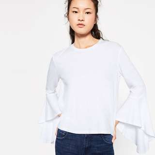 Zara tshirt with ruffles sleves