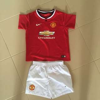 Manchester United Kids Apparel