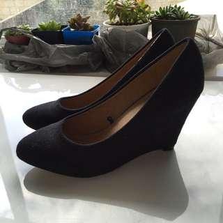 Size 9 Black wedges Heels Shoes