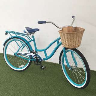 Schwinn Girl Cruiser Bicycle