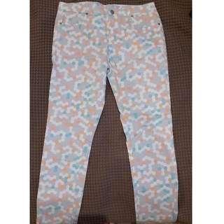 size 12 puzzle jeans pastel never worn