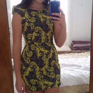 size 10 bodycon yellow and black dress