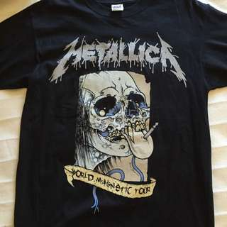 Rare vintage 2009 Metallica World Magnetic Tour T Shirt