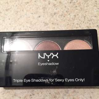 NYX Eyeshadow Trio