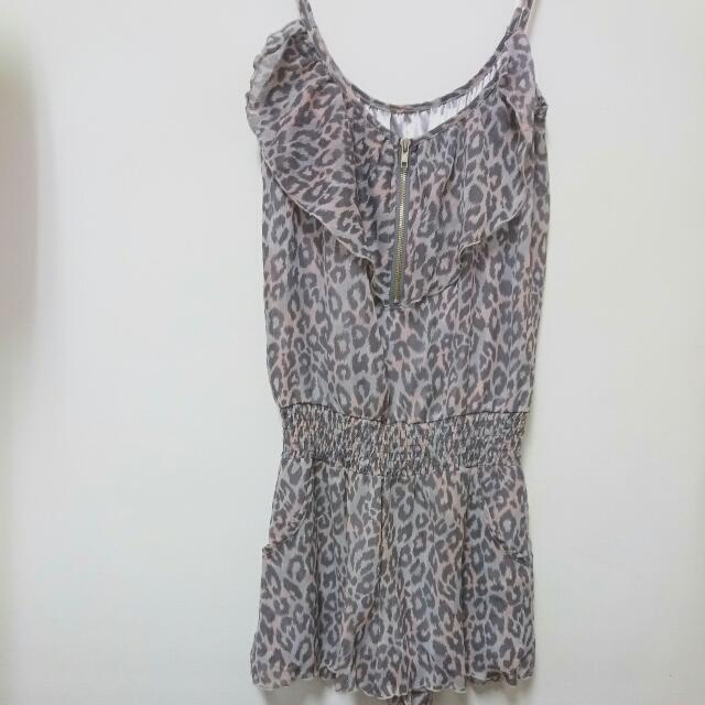 粉灰色豹紋💕縮腰+荷葉邊細肩帶連身褲