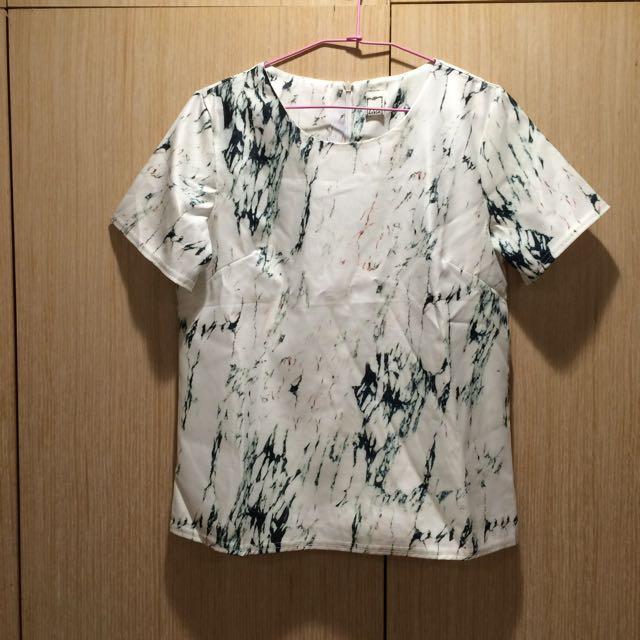 大理石紋上衣