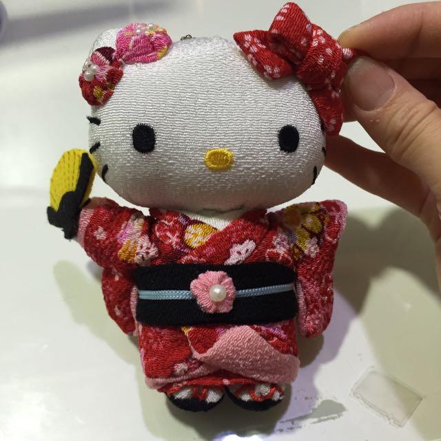 日本超可❤️正版 Kitty 玩偶✨