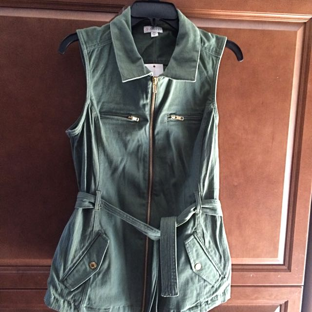 Antique Green Vest By Guess