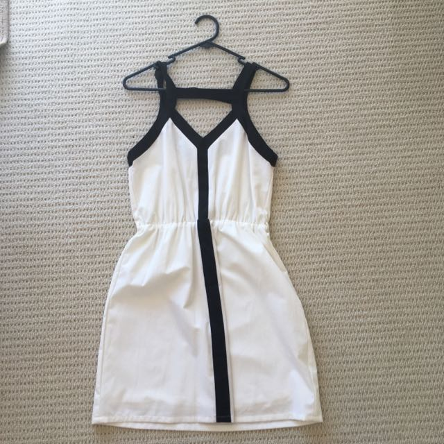 Black And White Dress Size 8