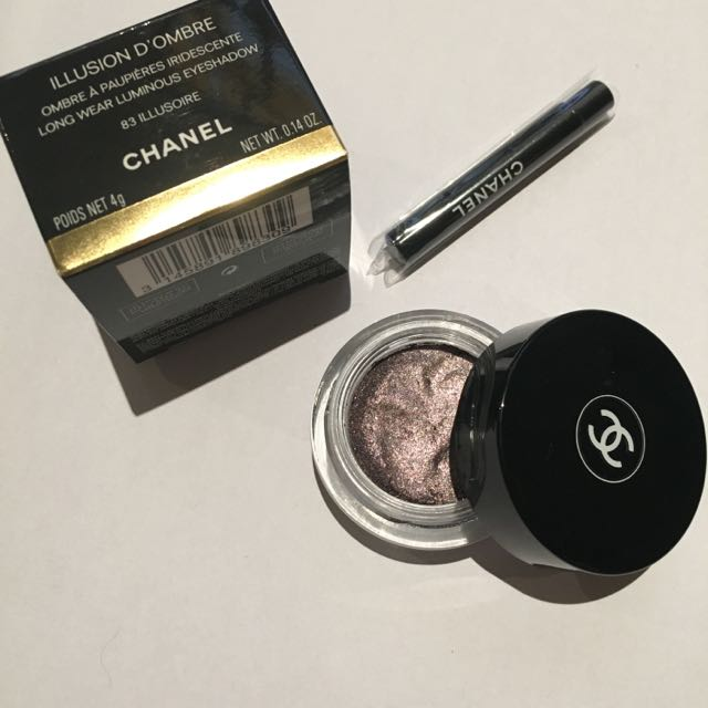 CHANEL Illusion D'Ombre Long Wear Luminous Eyeshadow in 83 Illisoire makeup Cosmetics