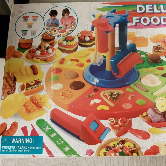 Deluxe Food Set Play Doh