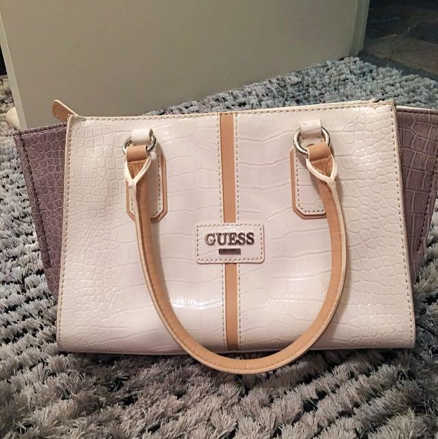 Guess Handbag *pending*